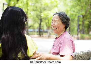 conversation, personne agee, heureux, fille, mère