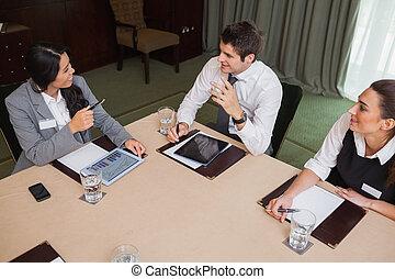 conversation, réunion, professionnels