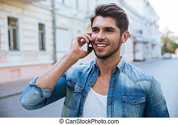 conversation, téléphone portable, dehors, homme, heureux