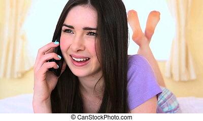 conversation téléphonique, avoir, gai, femme