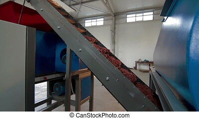 Conveyor Line of Production Modern machine For Plastic...