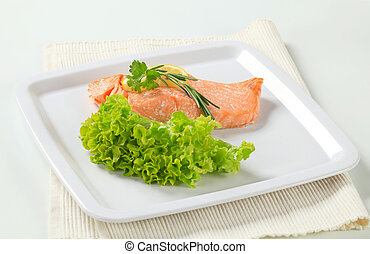 Cooked salmon - Juicy cooked salmon with lemon