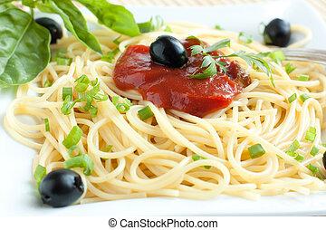 Cooked spaghetti closeup
