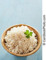 Cooked white long grain par-boiled rice