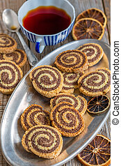 Cookies in the form of a spiral.