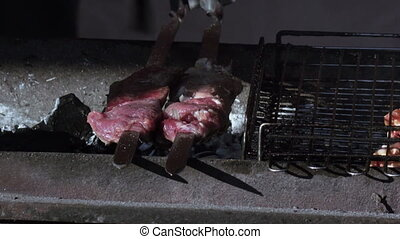 Cooking barbecue