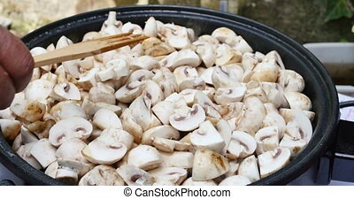 Cooking mushrooms 4k