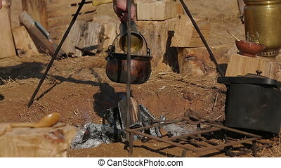 Cooking on the battlefield - Field kitchen as it was in...