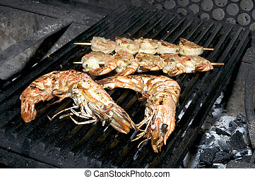 cooking shrimp on the grill
