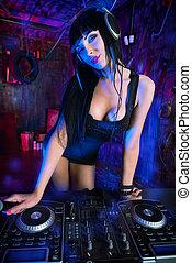 cool girl dj