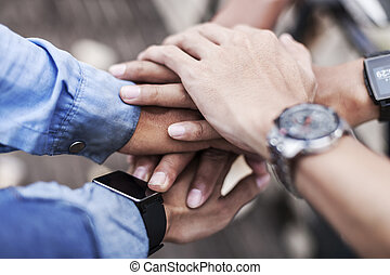 cooperation among team mates