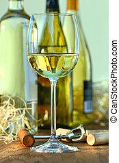 copa de vino blanco, con, botellas