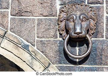 Coppar Lion Handle