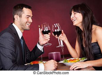 coppia, a, cena romantica, in, ristorante