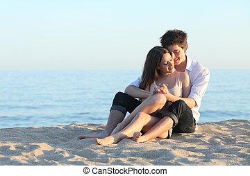 coppia abbracciando