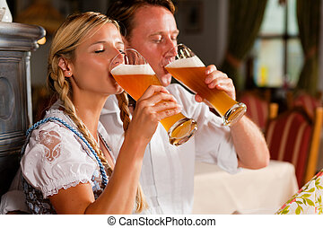 coppia, bavarese, bere, frumento, birra