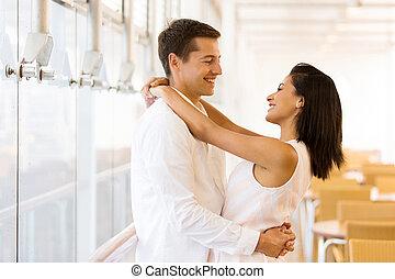 coppia, bello, abbracciare