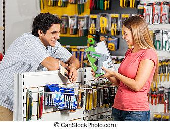 coppia, con, trapano filo, in, negozio