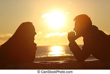 coppia, dall'aspetto, altro, a, tramonto
