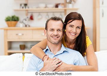 coppia, felice, giovane, soddisfatto