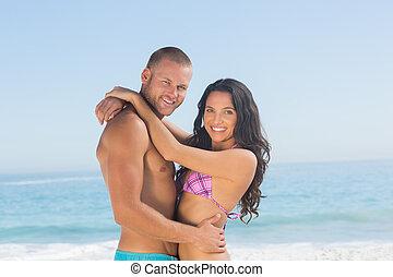 coppia, giovane, abbracciare, altro, attraente, ciascuno