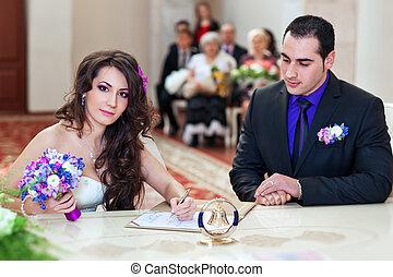 coppia, giovane, firmare