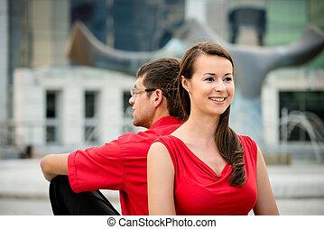 coppia, -, giovane, insieme, rilassare