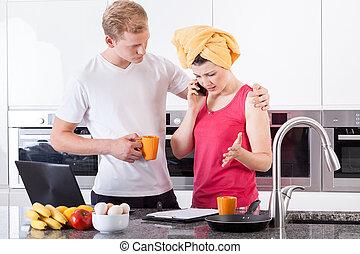 coppia, occupato, mattina