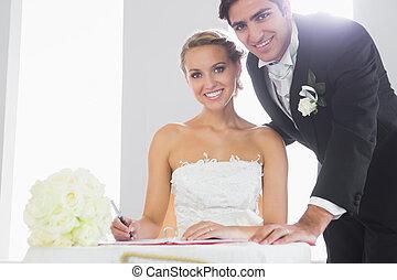 coppia, registro, attraente, Firmare, matrimonio