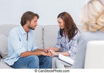 coppia, riconciliando, divano