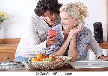 coppia, romantico, cucina
