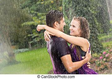 coppia, romantico, pioggia