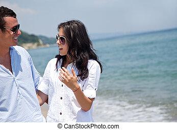 coppia, spiaggia, discorso