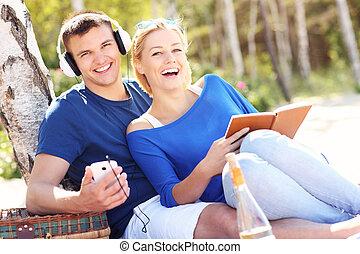 coppia, spiaggia, rilassante, felice