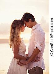 coppia, spiaggia, tramonto