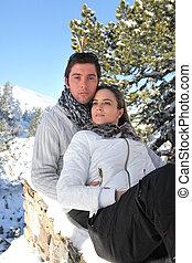 coppia, su, uno, vacanza inverno