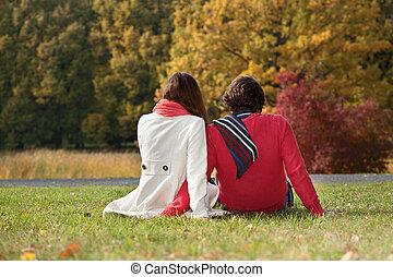 coppia, suolo, parco, seduta