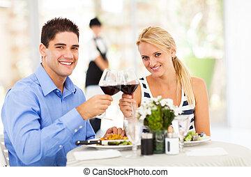 coppia, vino, bere, giovane, ristorante