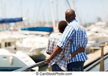 coppia, vista, retro, porto, africano