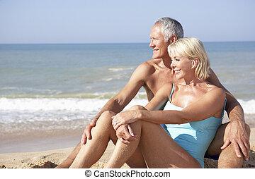 coppie maggiori, su, festa spiaggia