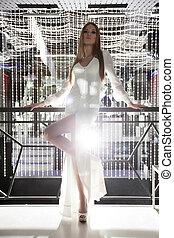 coquetel, branca, espantoso, vestido, mulher, posar