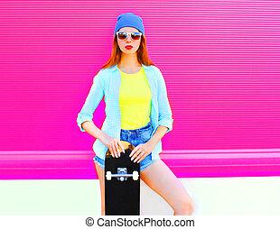 cor-de-rosa, cidade, mulher, bonito, skateboard, moda, fundo