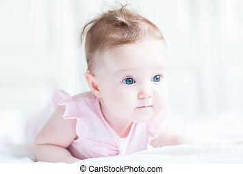 cor-de-rosa, dela, doce, barriga, menina bebê, vestido, tocando
