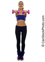cor-de-rosa, dumbbells, estendido, dela, braços, mulher segura