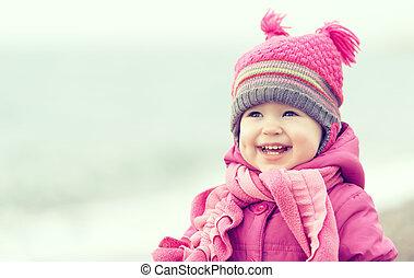 cor-de-rosa, menina bebê, chapéu, echarpe, feliz