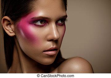 cor-de-rosa, mulher, retrato arte, maquilagem, rosto, glamour, trendy, moda, maquiagem, pele, profissional, menina, brilhante, closeup.