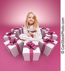 cor-de-rosa, pequeno, cercado, presentes, menina, feliz