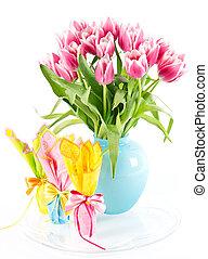 cor-de-rosa, tulips, e, chocolate ovos páscoa