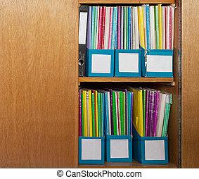 cor, dobradores lima, em, escritório, armário