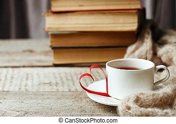 coração, conceito, antigas, cozy, copo, madeira, vindima, tempo lazer, ler, forma, livros, tempo, passatempo, tabela